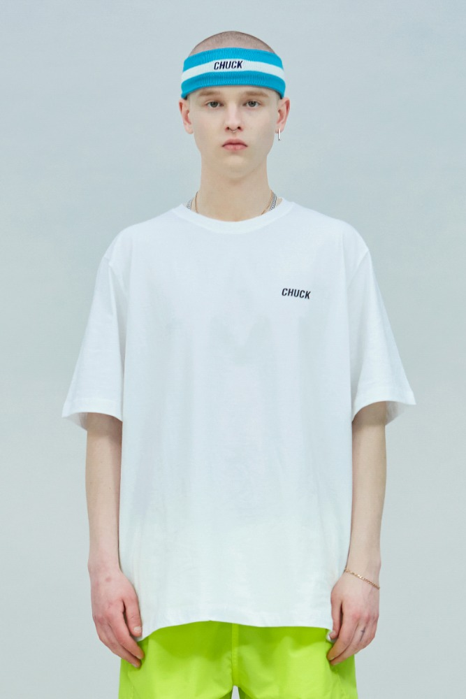 19 SUMMER CHUCK SMALL LOGO T-SHIRT (WHITE)