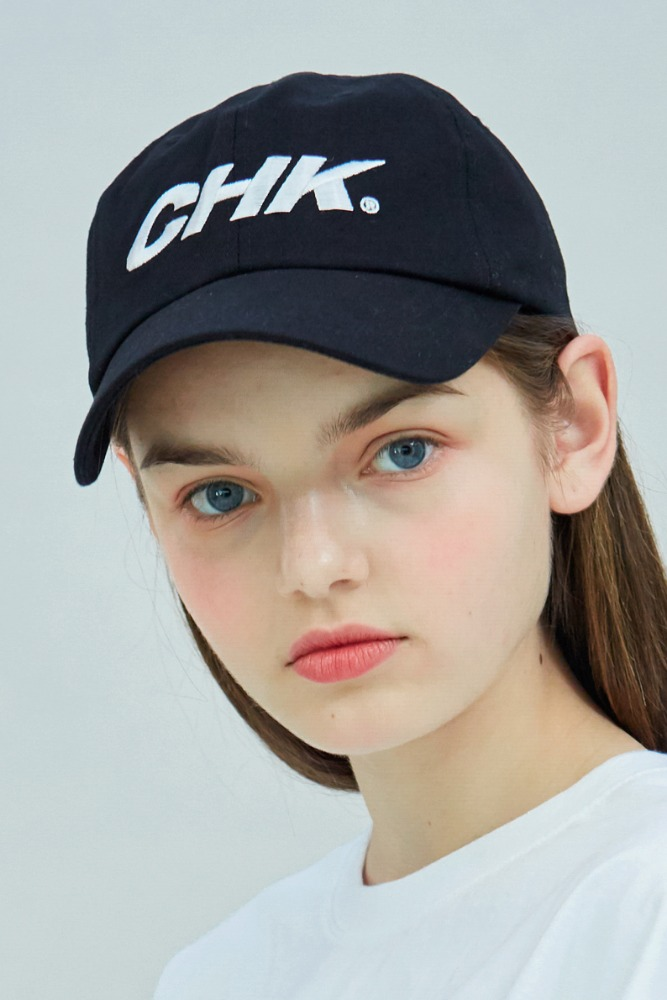 19 SUMMER CHK LOGO BASEBALL CAP (BLACK)